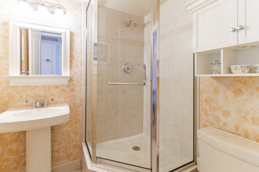 4280_galt_ocean_drive_17d_MLS_HID1096815_ROOMbathroom - Copy